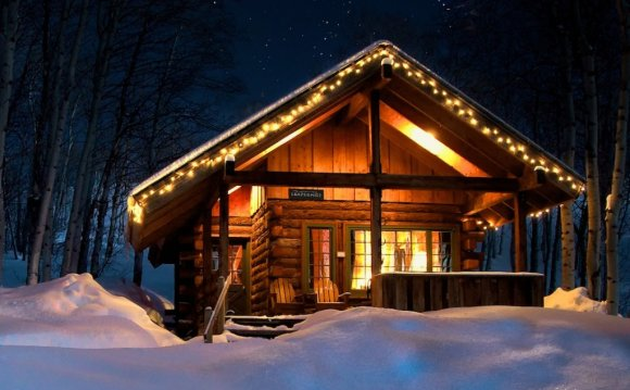Compromise Cabin in Winter